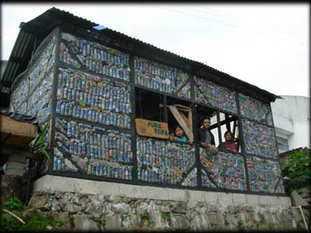 Las ventajas del eco ladrillo instituto mesoamericano de - Materiales para fachadas de casas ...